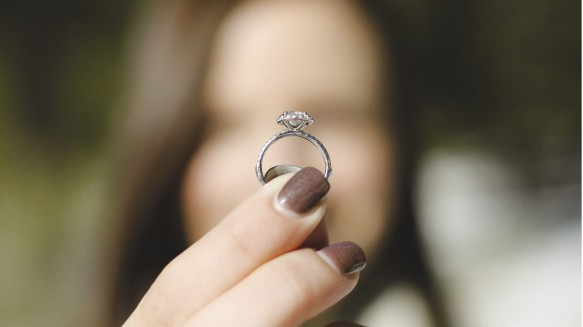 16 9 jeremy bishop M3LLiBdVX7k unsplash scaled 6xthvre3nel80l8fm41e1vrdnqb2zj47fa - Proposing to your man on 29th February? Get it right AND win your wedding film...